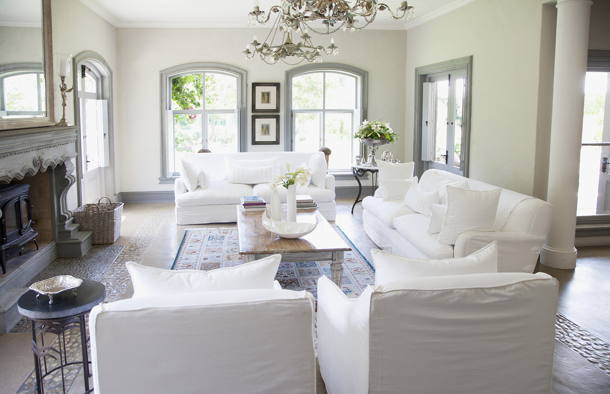 Prepping a Home for Sale: Simple Staging Tips for Inside and Out